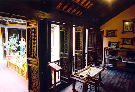 Day 9: Hue – Danang - Hoian (B/L)