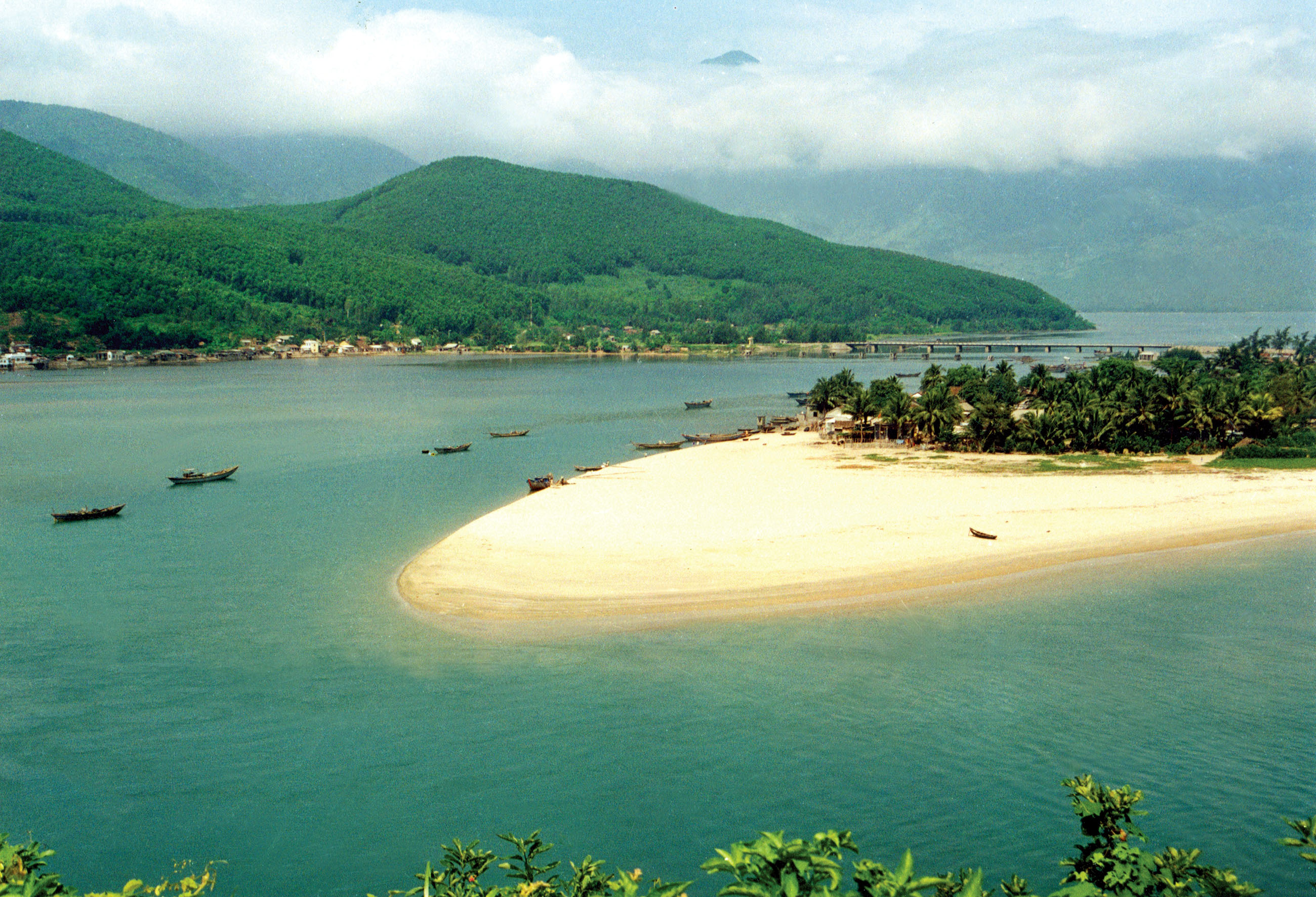 Day 5: Hue - Danang - Hoi An (B/L/)