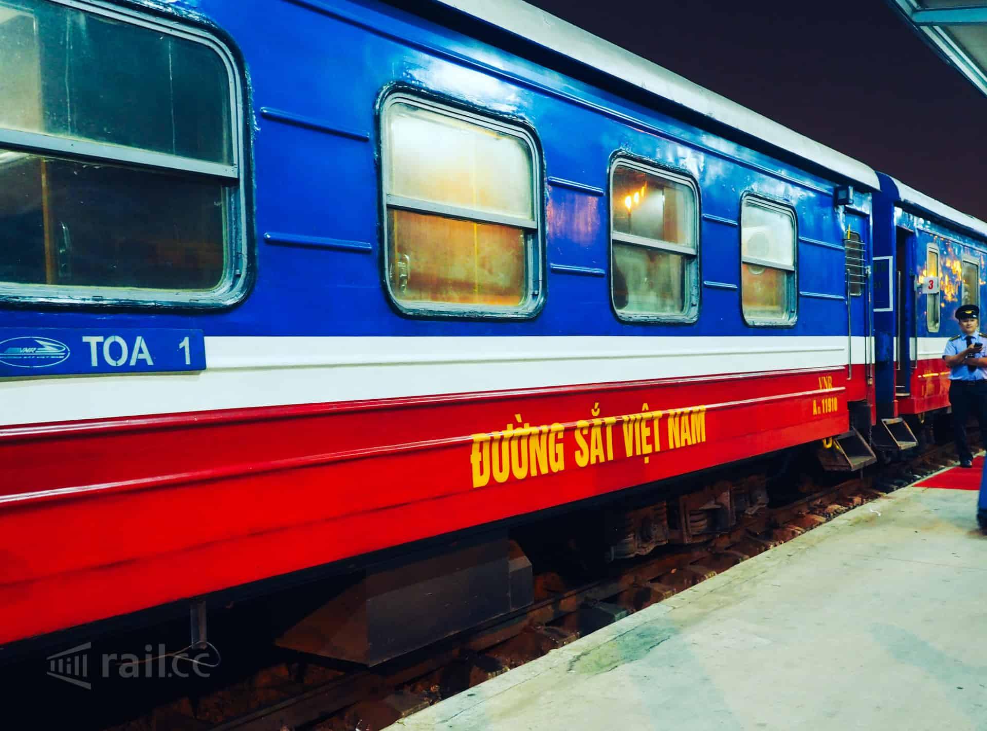 Day 6: Hanoi city tour -  Laocai (B/L) by train