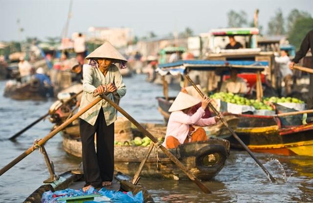Day 5: Chau Doc – Cao Lanh -  Cai Be (B/L)
