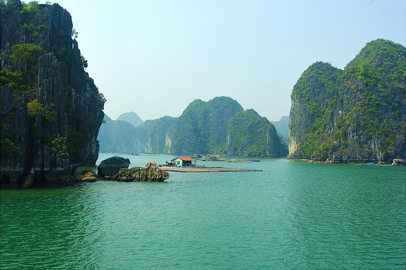 Day 2: Bai Tu Long Bay – Halong Bay (B/L/D)