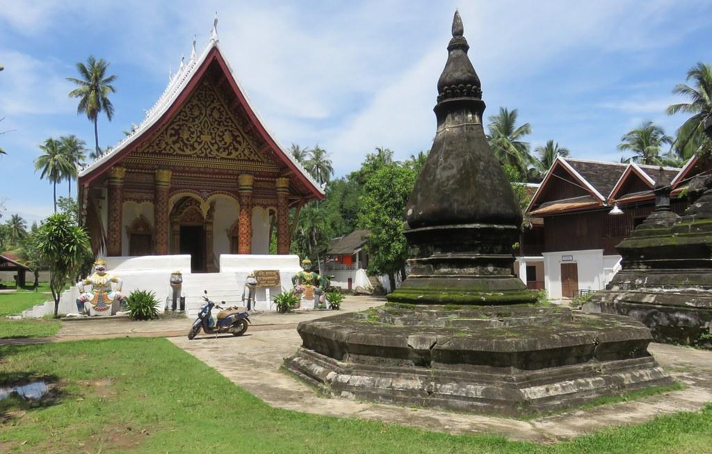 Day 3: Xieng Khouang – Luang Prabang (B/L) by road