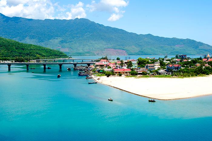 Day 4: Hoian - Danang - Hue (B/L/D)