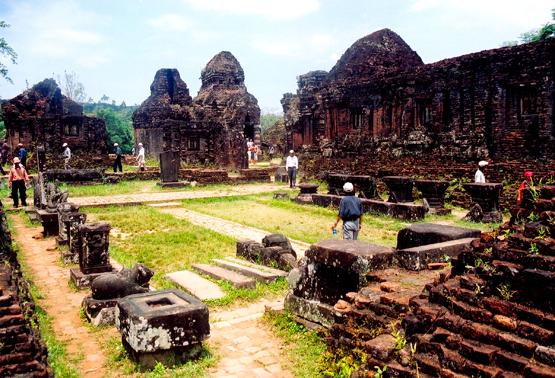Day 2:  Hoi An - My Son – Hue Ancient Town (B/L/D)